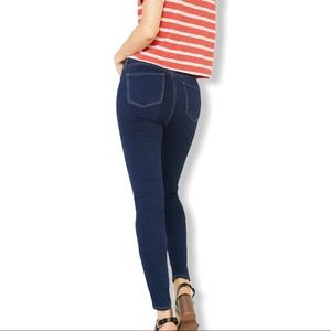 Old Navy Rockstar Tall Mid Rise Skinny Jeans